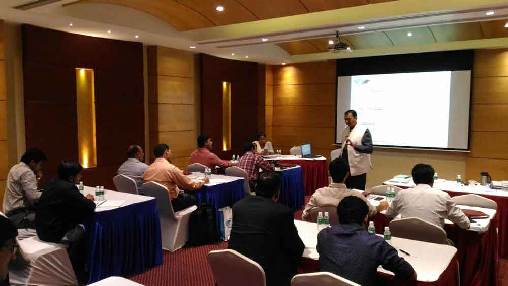 Advanced corporate communication skills training